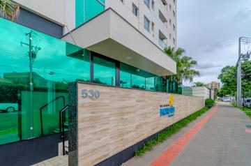 Alugar Apartamento / Padrão em Londrina. apenas R$ 1.300,00