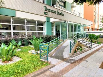 Alugar Apartamento / Padrão em Londrina. apenas R$ 389.000,00