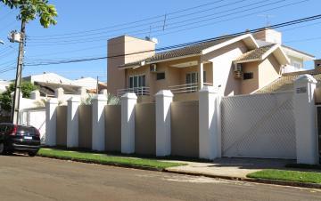 Casa / Sobrado em Londrina , Comprar por R$950.000,00