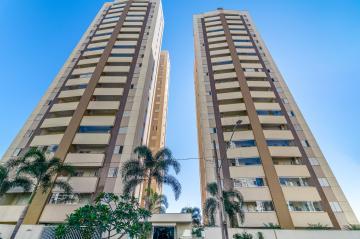 Apartamento / Padrão em Londrina , Comprar por R$360.000,00