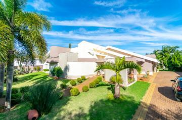 Alugar Casa / Condomínio Térrea em Londrina. apenas R$ 2.400.000,00