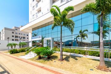 Alugar Apartamento / Padrão em Londrina. apenas R$ 395.000,00