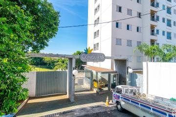 Apartamento / Padrão em Londrina , Comprar por R$225.000,00