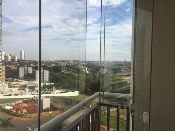 Alugar Apartamento / Padrão em Londrina. apenas R$ 396.000,00