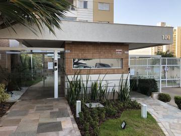 Apartamento / Padrão em Londrina Alugar por R$1.980,00