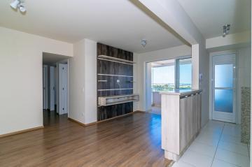 Apartamento / Padrão em Londrina Alugar por R$1.550,00