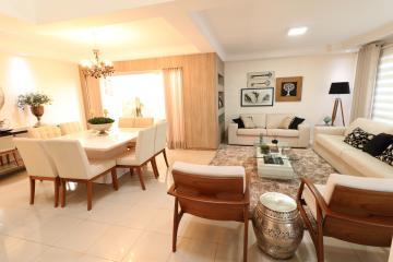 Alugar Casa / Sobrado em Londrina. apenas R$ 1.290.000,00