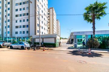 Apartamento / Padrão em Londrina , Comprar por R$185.000,00