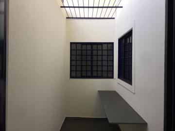 Alugar Comercial / Salão em Londrina R$ 7.800,00 - Foto 6