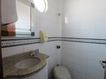 Alugar Comercial / Barracão em Londrina R$ 12.000,00 - Foto 10