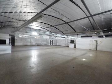 Alugar Comercial / Barracão em Londrina R$ 12.000,00 - Foto 2