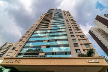 Alugar Apartamento / Padrão em Londrina. apenas R$ 1.805.000,00