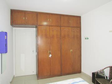 Comprar Apartamento / Padrão em Londrina R$ 400.000,00 - Foto 18