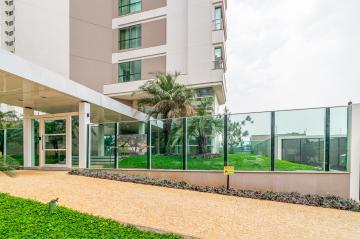Alugar Apartamento / Padrão em Londrina. apenas R$ 1.500.000,00