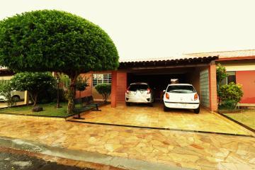 Casa / Condomínio Térrea em Londrina , Comprar por R$600.000,00