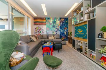 Apartamento / Padrão em Londrina , Comprar por R$1.150.000,00