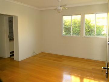Alugar Apartamento / Padrão em Londrina R$ 900,00 - Foto 2