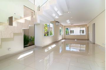 Alugar Casa / Condomínio Sobrado em Londrina. apenas R$ 1.890.000,00
