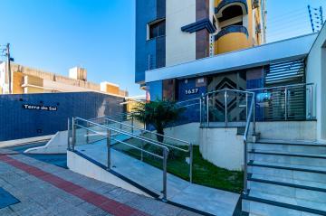 Alugar Apartamento / Padrão em Londrina. apenas R$ 240.000,00