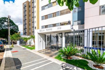 Alugar Apartamento / Padrão em Londrina. apenas R$ 297.000,00