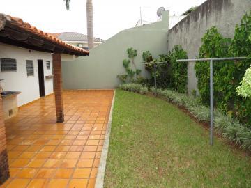 Alugar Casa / Térrea em Londrina. apenas R$ 700.000,00