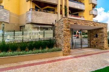 Alugar Apartamento / Padrão em Londrina. apenas R$ 540.000,00