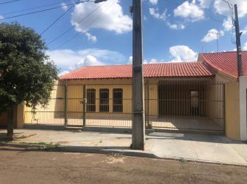 Casa / Térrea em Londrina Alugar por R$3.900,00