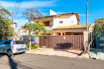 Alugar Casa / Sobrado em Londrina. apenas R$ 4.500,00
