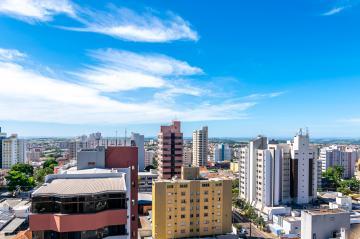 Alugar Apartamento / Padrão em Londrina. apenas R$ 500.000,00
