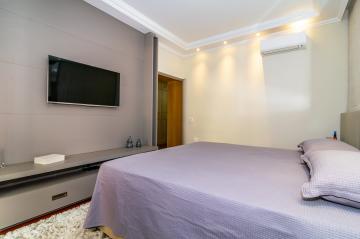 Comprar Apartamento / Padrão em Londrina R$ 980.000,00 - Foto 17