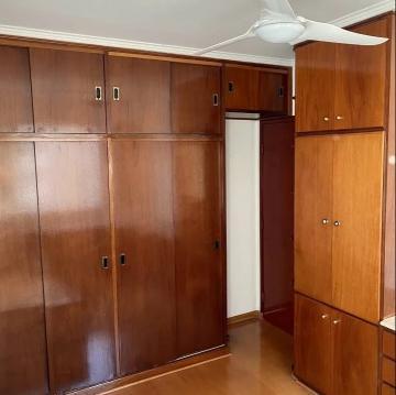 Comprar Apartamento / Padrão em Londrina R$ 360.000,00 - Foto 13