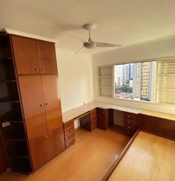 Comprar Apartamento / Padrão em Londrina R$ 360.000,00 - Foto 14