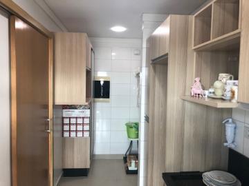 Comprar Apartamento / Padrão em Londrina R$ 345.000,00 - Foto 6