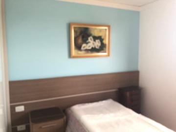 Comprar Apartamento / Padrão em Londrina R$ 345.000,00 - Foto 9