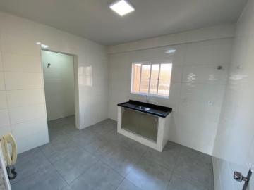 Alugar Apartamento / Padrão em Londrina R$ 930,00 - Foto 11