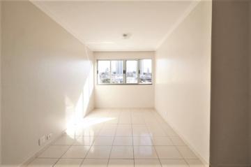 Comprar Apartamento / Padrão em Londrina R$ 200.000,00 - Foto 1