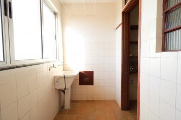 Comprar Apartamento / Padrão em Londrina R$ 200.000,00 - Foto 17