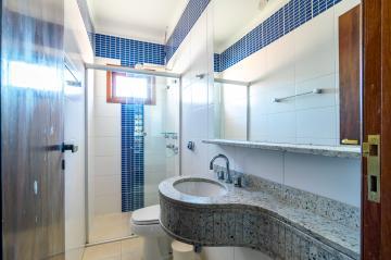 Comprar Casa / Sobrado em Londrina R$ 1.750.000,00 - Foto 11