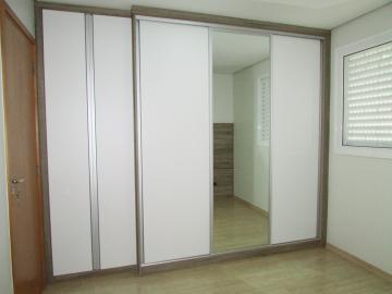 Comprar Apartamento / Padrão em Londrina R$ 430.000,00 - Foto 9