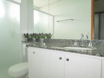 Comprar Apartamento / Padrão em Londrina R$ 430.000,00 - Foto 11