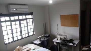 Comprar Comercial / Barracão em Londrina R$ 1.390.000,00 - Foto 8