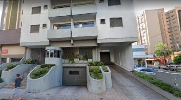 Alugar Apartamento / Padrão em Londrina. apenas R$ 800,00