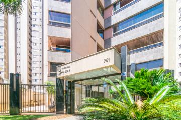 Alugar Apartamento / Padrão em Londrina. apenas R$ 900.000,00