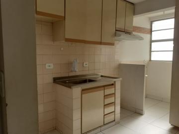 Alugar Apartamento / Padrão em Londrina R$ 800,00 - Foto 11