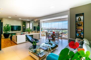 Comprar Apartamento / Padrão em Londrina R$ 750.000,00 - Foto 10