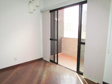 Comprar Apartamento / Padrão em Londrina R$ 350.000,00 - Foto 6
