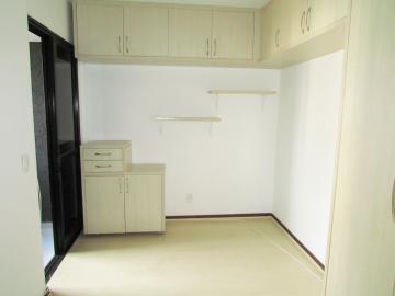 Comprar Apartamento / Padrão em Londrina R$ 350.000,00 - Foto 15