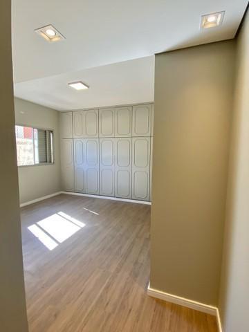Comprar Apartamento / Padrão em Londrina R$ 499.000,00 - Foto 8