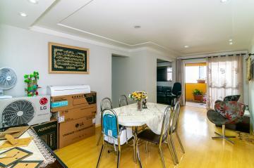Comprar Apartamento / Padrão em Londrina R$ 390.000,00 - Foto 2