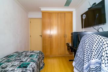 Comprar Apartamento / Padrão em Londrina R$ 390.000,00 - Foto 12